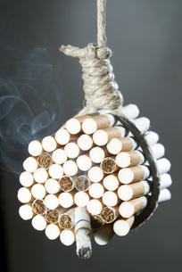 cigaretteの写真素材 [FYI00843763]