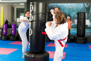 martial arts training in the gymの写真素材 [FYI00845309]