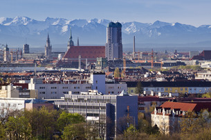 munich with hairdryer with a view of the alpsの素材 [FYI00846038]