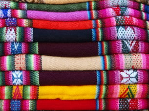 colorful fabrics peruの写真素材 [FYI00848192]