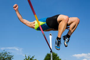 vaulters in athleticsの写真素材 [FYI00849481]