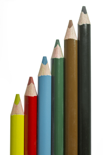 colored pencils on white backgroundの写真素材 [FYI00855307]