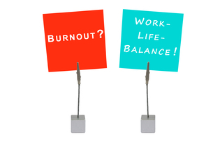 note holders and notepad: burnuot? work-life balance!の写真素材 [FYI00855632]