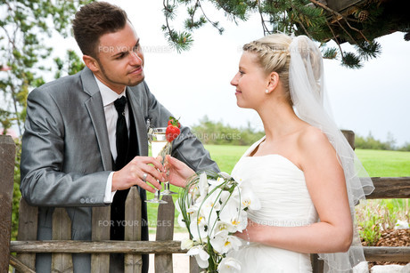 bride and groomの写真素材 [FYI00855706]