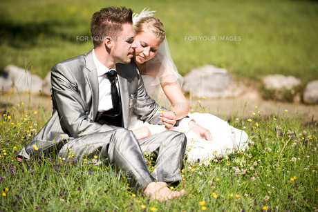 bride and groomの写真素材 [FYI00855710]