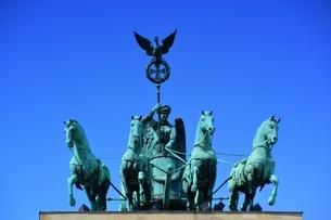 emblems_statuesの写真素材 [FYI00855831]