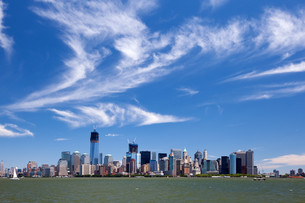 new york city - manhattan skylineの写真素材 [FYI00857008]