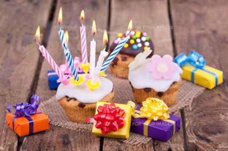 birthday cupcakesの写真素材 [FYI00857134]