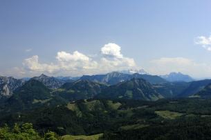 view from zw?lferhorn direction dachsteinの写真素材 [FYI00857712]