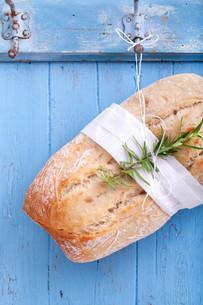 bread on the hookの写真素材 [FYI00859690]