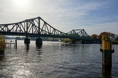 glienicke bridgeの素材 [FYI00861799]