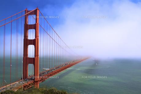 bridges_tunnelsの写真素材 [FYI00862316]