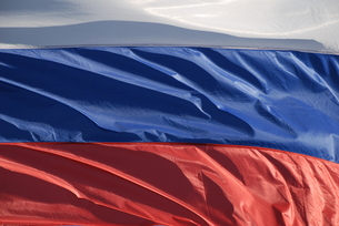 russian flag in the windの写真素材 [FYI00863128]