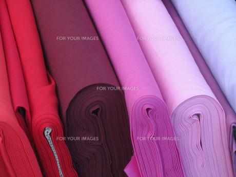 red fabricsの写真素材 [FYI00863826]