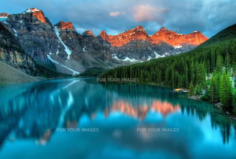 mountainsの素材 [FYI00864262]