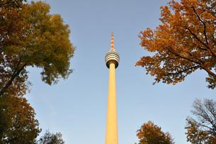 autumnal view from fernsehtrum stuttgartの素材 [FYI00864307]