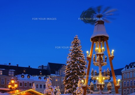 annaberg-buchholz weihnachtsmarkt - annaberg-buchholz christmas market 17の写真素材 [FYI00865046]