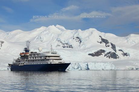 cruising in antarcticaの素材 [FYI00866138]