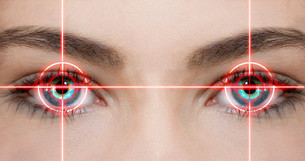 eye laserの写真素材 [FYI00866721]