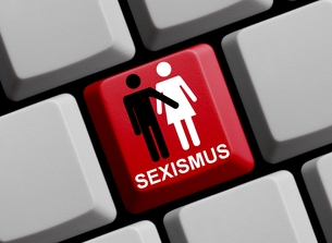 sexism onlineの素材 [FYI00867159]