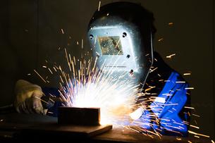 welding construction workersの素材 [FYI00868598]