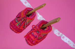 knitted baby shoesの写真素材 [FYI00868790]