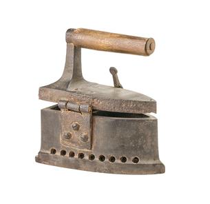 antique ironの写真素材 [FYI00868800]