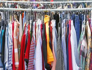 clothes at the flea marketの写真素材 [FYI00869269]