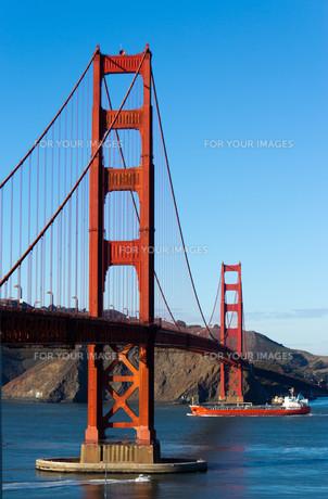 bridges_tunnelsの写真素材 [FYI00870343]