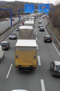 a traffic jam on the a30の写真素材 [FYI00870548]