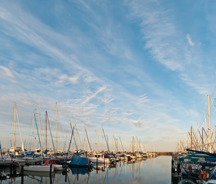 gr?mitz marina at night with blue skyの写真素材 [FYI00875057]