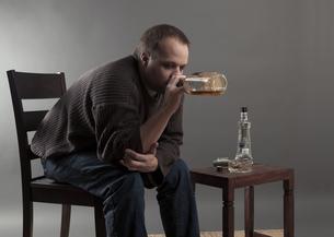alcoholicの写真素材 [FYI00877181]