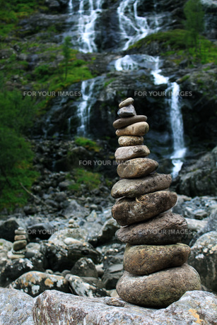 zen stones in norwayの素材 [FYI00877357]