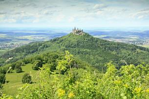 hohenzollern castle,swabian alb,germanyの写真素材 [FYI00877379]