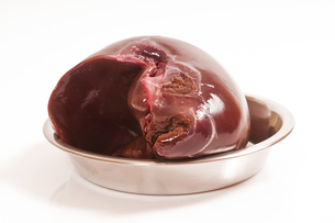 fresh liver to raw feedingの素材 [FYI00877767]