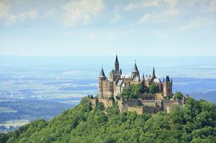 hohenzollern castle,swabian alb,germanyの写真素材 [FYI00878110]