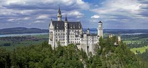 neuschwanstein castleの素材 [FYI00881022]