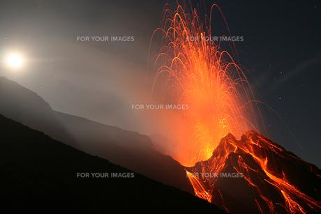 volcano erta ale in ethiopiaの写真素材 [FYI00881609]