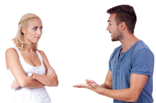 young woman discussed loudly with her boyfriend quarrel portraitの素材 [FYI00882296]