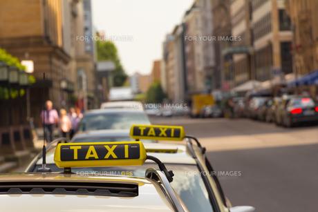 street_trafficの写真素材 [FYI00883317]