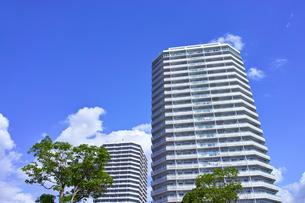 東戸塚の高層マンションの写真素材 [FYI00884683]