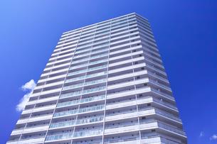 東戸塚の高層マンションの写真素材 [FYI00884684]