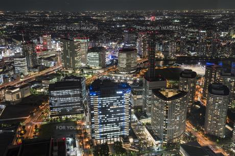 横浜みなとみらいの夜景の写真素材 [FYI00885441]
