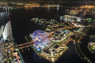 横浜港の夜景の写真素材 [FYI00885570]