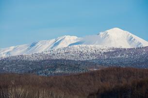 青空と雪山の写真素材 [FYI00885730]