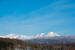 青空と雪山の写真素材 [FYI00885732]