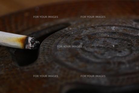 古い灰皿の写真素材 [FYI00885939]