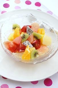 フルーツサラダの写真素材 [FYI00886455]