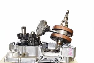 バイクエンジンの整備の写真素材 [FYI00887839]