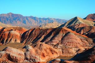 虹色の山、中国張掖七彩山の写真素材 [FYI00888388]